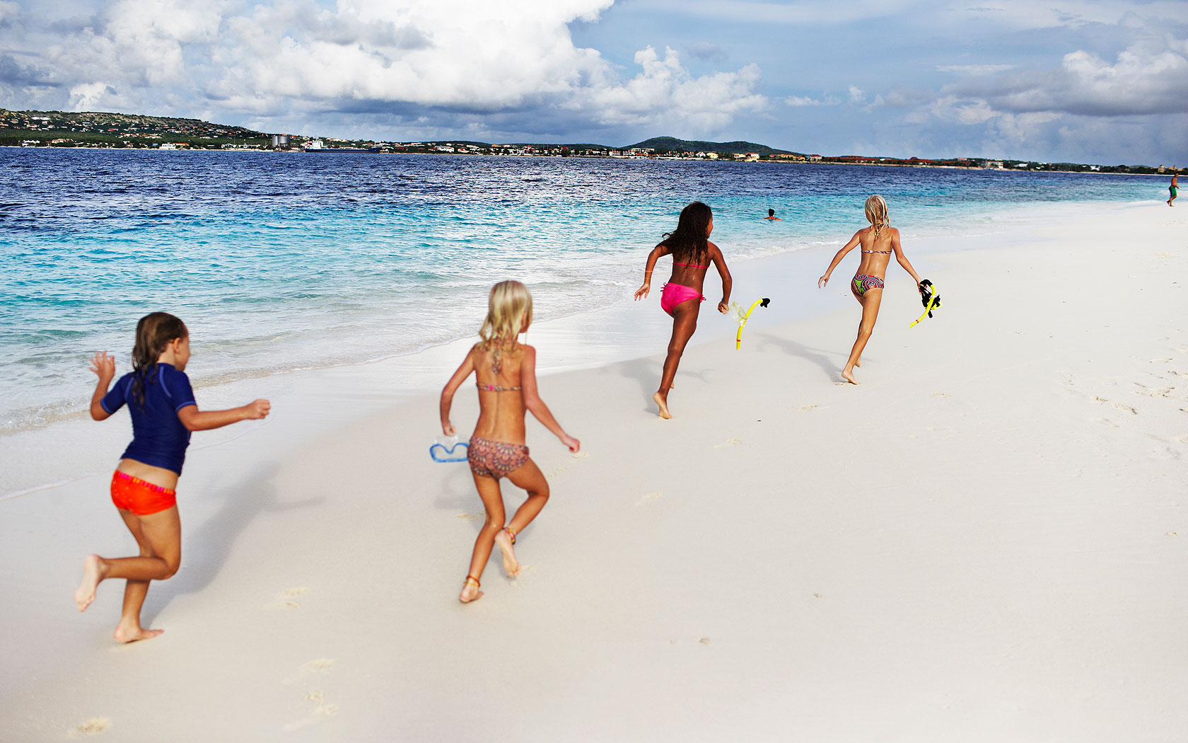 free online personals in bonaire Whether you're interested in christian dating, jewish dating, asian dating, black dating, senior dating, gay dating, lesbian dating, matchcom can help you find the date or relationship that fits you best search free through all of our online personals.